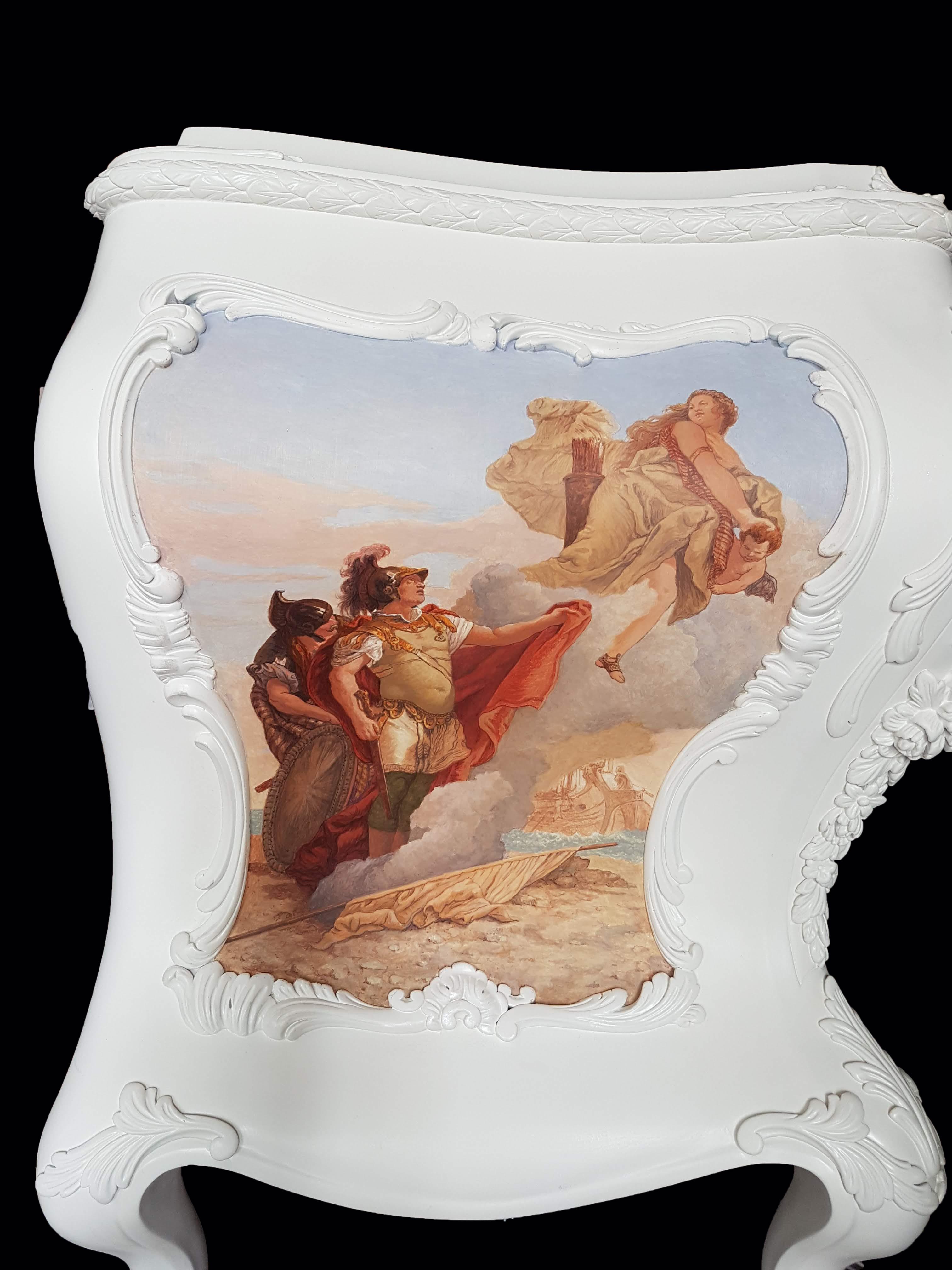 Commode peinte, miniatures d'après Tiepolo, face laterale