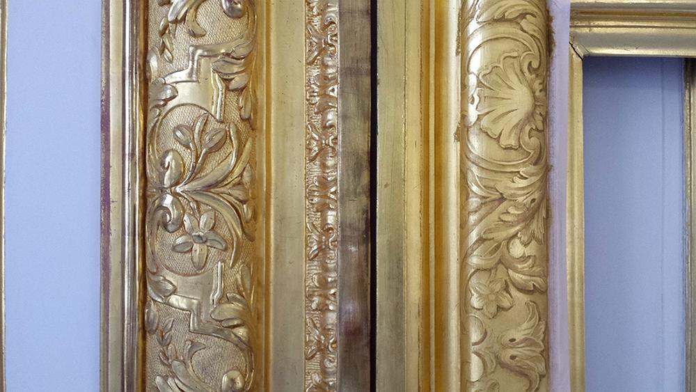 Trompel'oeil peint sur feuille d'or Château Versailles.