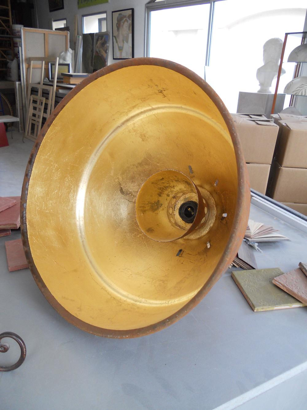Intérieur de lampe en feuille de cuivre