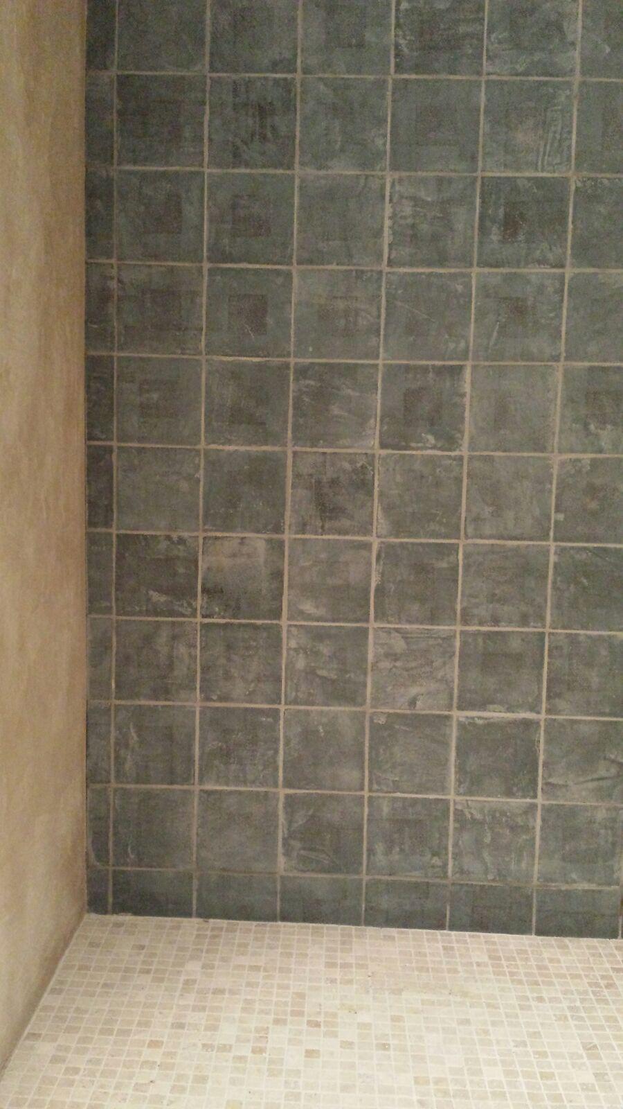 Carrelage motif sur mesure, fait main à la chaux avec impression 15x15 cm, douche
